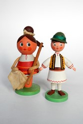 Picture of Romania 2 Peasant Dolls